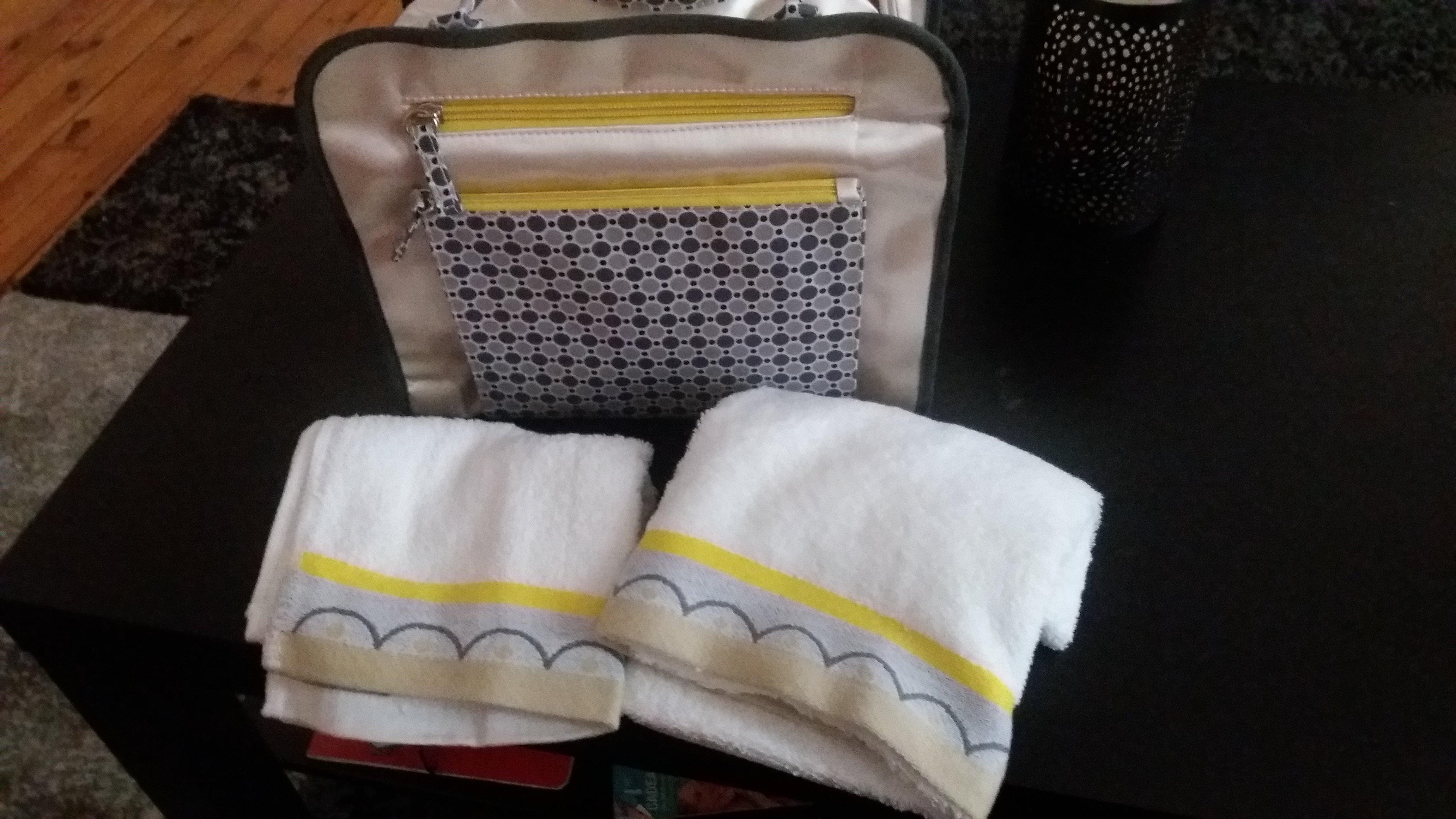 code promo becquet fpg le vanity couture 2 serviettes ponge. Black Bedroom Furniture Sets. Home Design Ideas